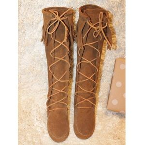 Minnetonka Knee High Lace Up Fringe Suede Boots